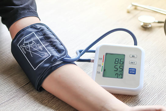 Thuisverpleging De Ronde van Bas - Controle bloeddruk